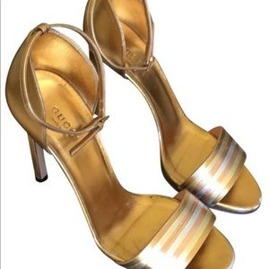 GUCCI GOLD HEELS SIZE 7.5